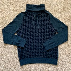Express Gray Houndstooth Hoodie